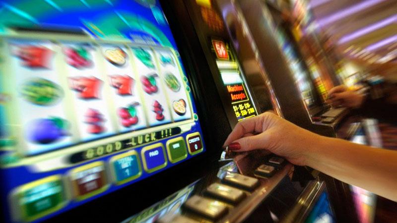 Игровые автоматы бесплатно и без регистрации лягушки с короной фара игровые автоматы